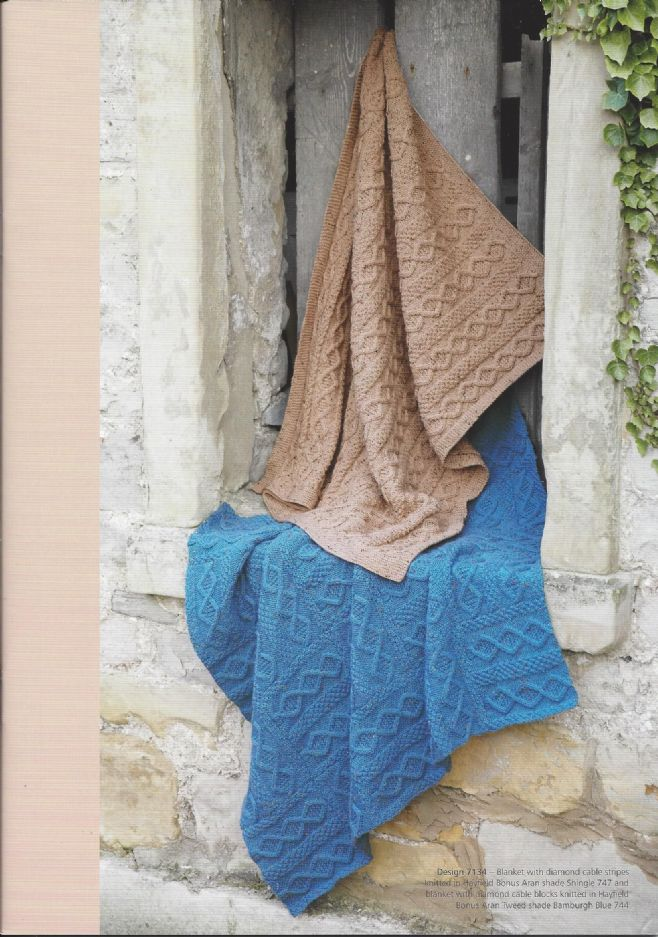 Hayfield Aran Knitting Pattern Books : Hayfield Book 464 - Favourite Aran Knits 8 - Hayfield ...